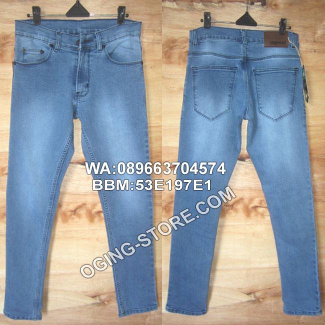 celana-Jeans slimfit-scrap