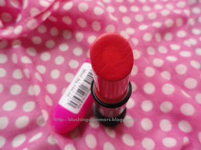 Elle 18 Colour Boost Superlicious Red