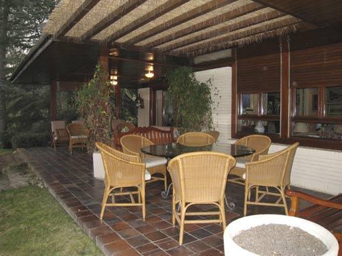 Mi casa mi hogar terrazas peque as - Terrazas de madera rusticas ...
