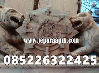 ukiran kepala macan
