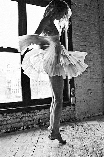 I love the movement of her dress