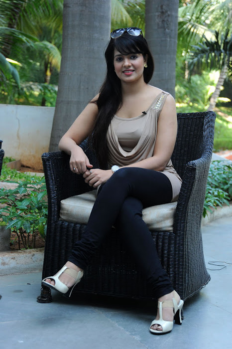 saloni , saloni new hot photoshoot