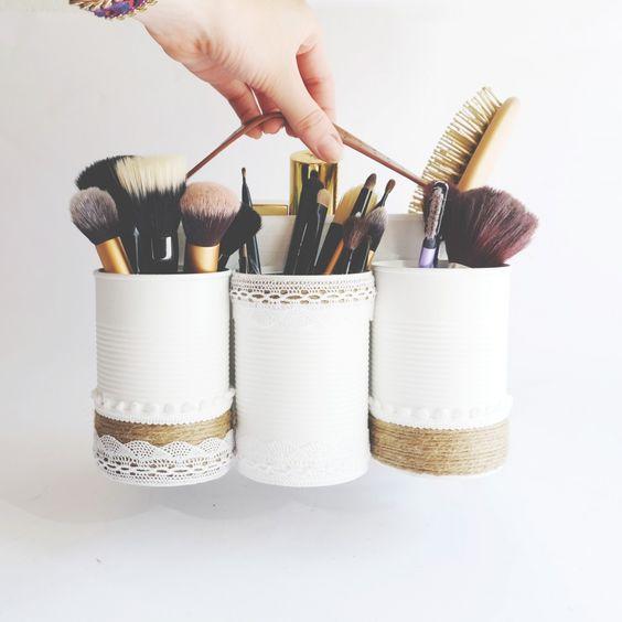 Home garden 50 id es pour ranger son maquillage - Comment ranger son maquillage ...