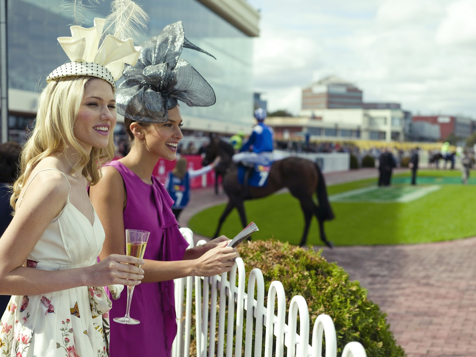Sunlover Holidays: 2012 Melbourne Cup Carnival packages