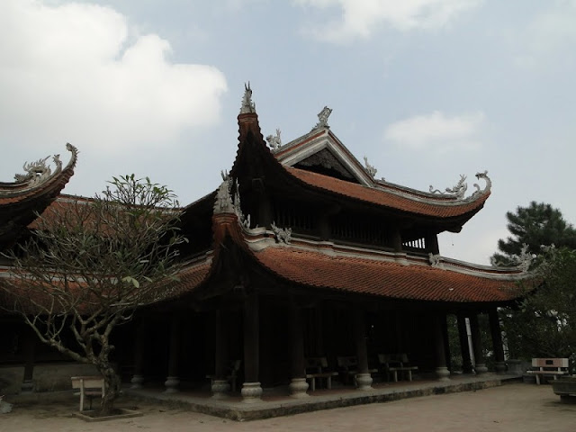 Non Nuoc Pagoda – an architectural masterpiece in a Hanoi suburb 2