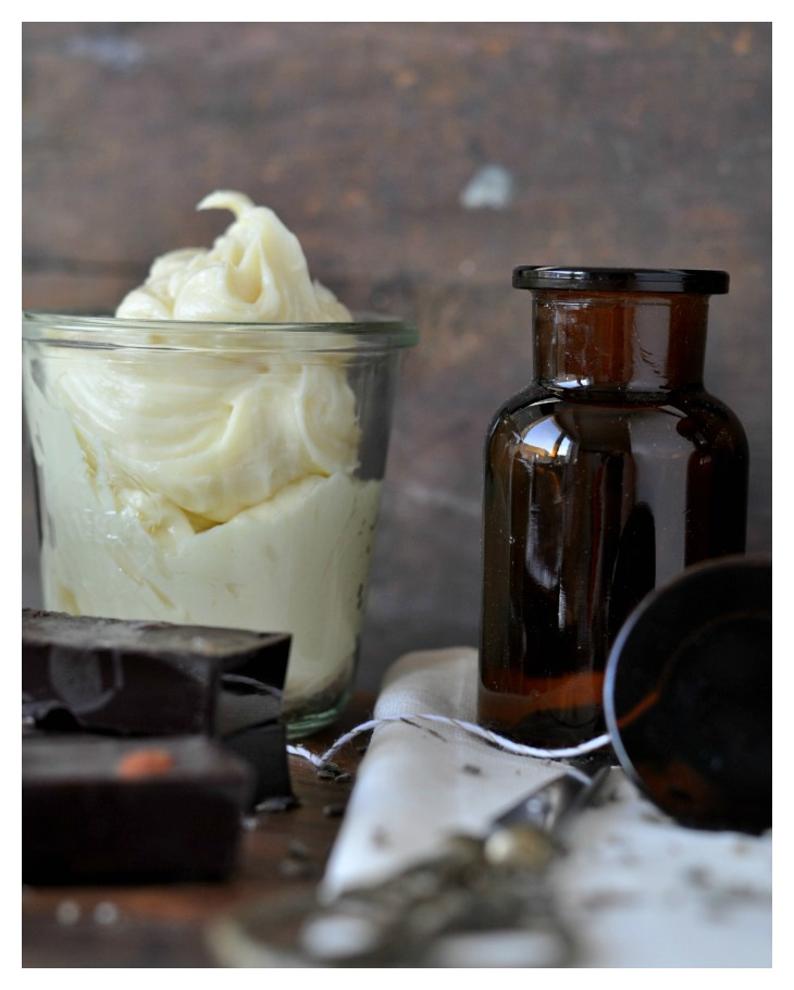 DIY Body Butter and Chocolate, a great gift for christmas