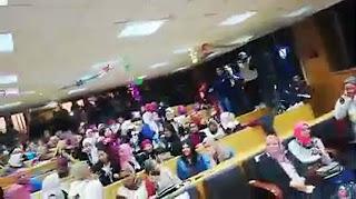 طالبات «حاسبات المنصورة» يرقصن على أغاني حمو بيكا بمدرج الكلية (فيديو)