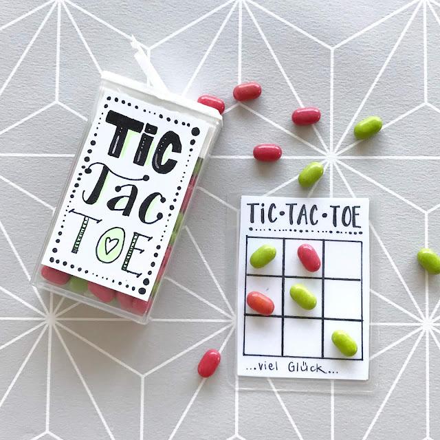mit Strich und Faden: Tic Tac Toe