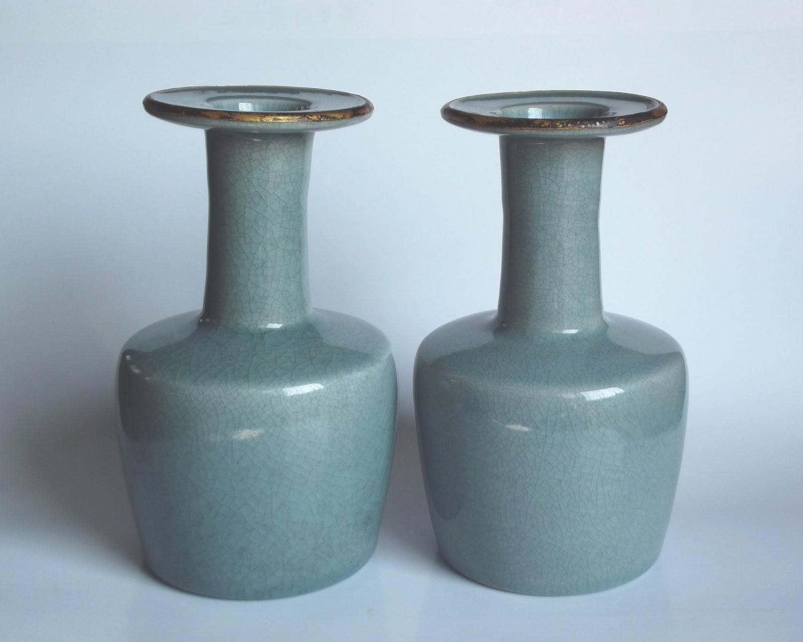闇窯1 〈高麗青瓷棒槌瓶造型仿汝窯〉