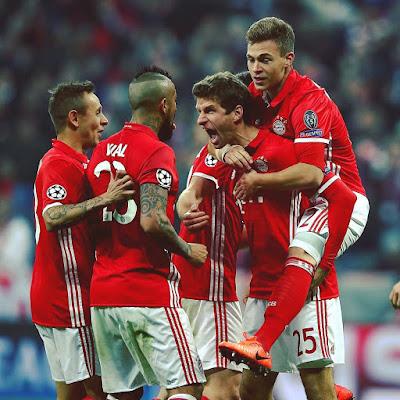 Arsenal Hammered 5-1 By Bayern, Madrid Beat Napoli 3-1.