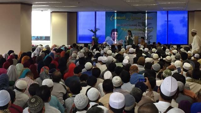 Mengejar Ceramah Ustaz Abdul Somad Sampai ke Gambir