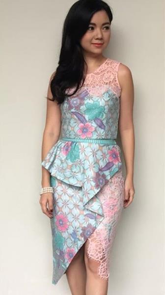 Contoh Model Batik Kombinasi Brokat Untuk Anak Muda