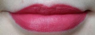 Avon Perfectly Matte Lipstick Mauve Matters lip swatch