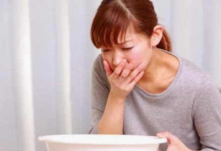 Thường xuyên buồn nôn, nôn là dấu hiệu của bệnh gì?