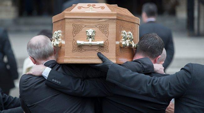 Végső búcsút vettek az észak-írországi lövöldözés újságíró áldozatától