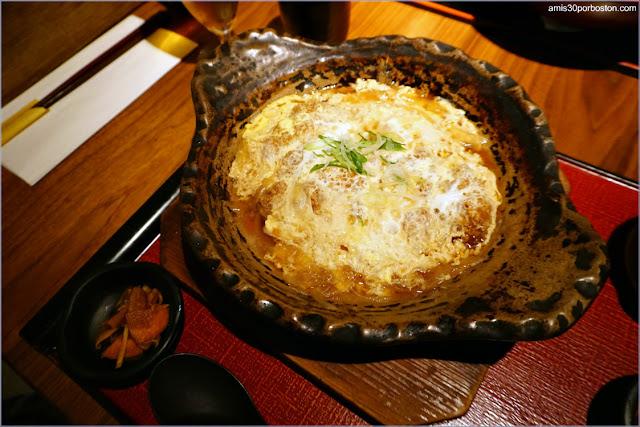 Katsu Toji Set del Restaurante Japonés Ootoya en Chelsea, Nueva York