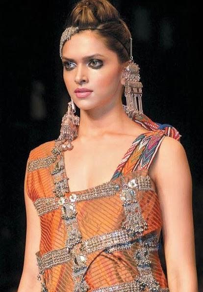 Stills Photo Shoot of Deepika Padukone Sexy Top Indian ...