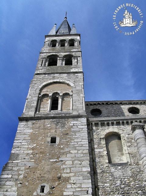 REIMS (51) - Basilique Saint-Rémi (XIe-XVe siècles)