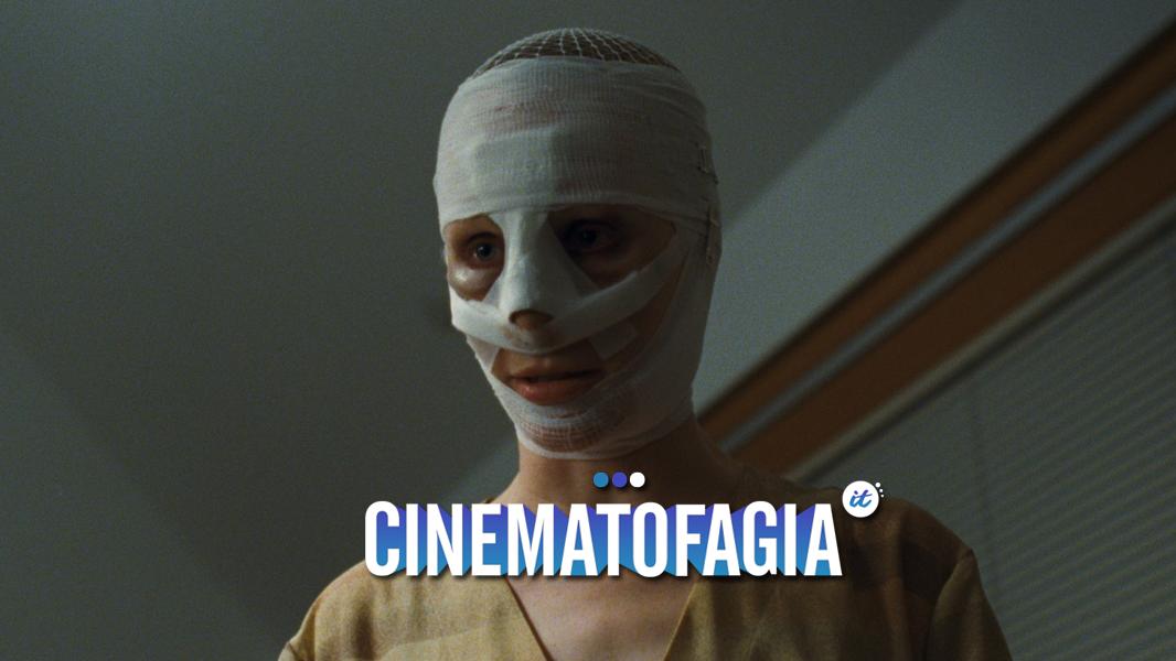 """Indicado pela Áustria ao Oscar de """"Melhor Filme Estrangeiro"""", o filme é bem mais profundo que dois irmãos tentando descobrir se sua mãe é na verdade uma impostora"""