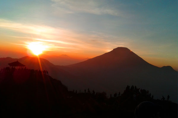 Sunrise Sikunir