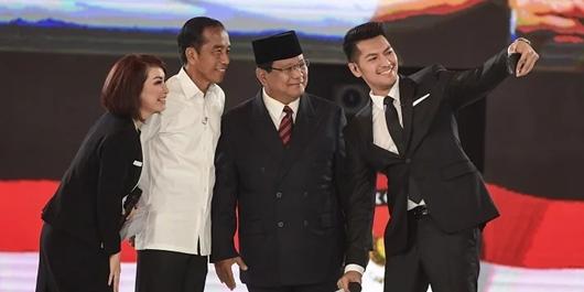 Indo Barometer: Prabowo Disukai Guru, Jokowi Unggul di Kalangan Muhammadiyah