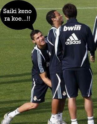 foto gokil saat pemanasan sepak bola