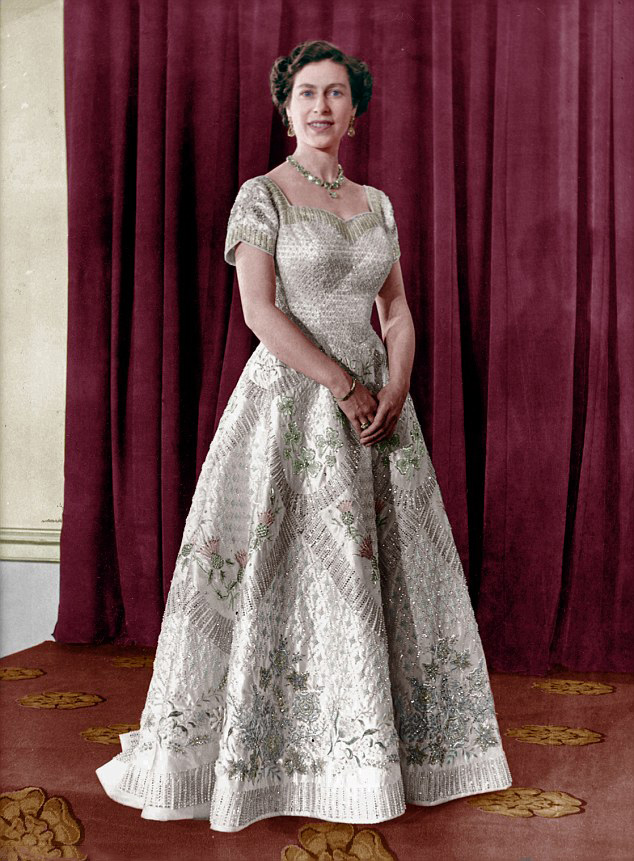 Royal Family Around the World: The Royal Collection has ...Queen Elizabeth Coronation Dress