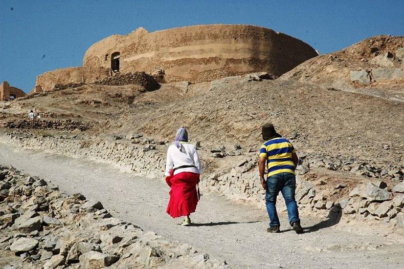 Zoroastrianos y Torres del Silencio | India, Iran