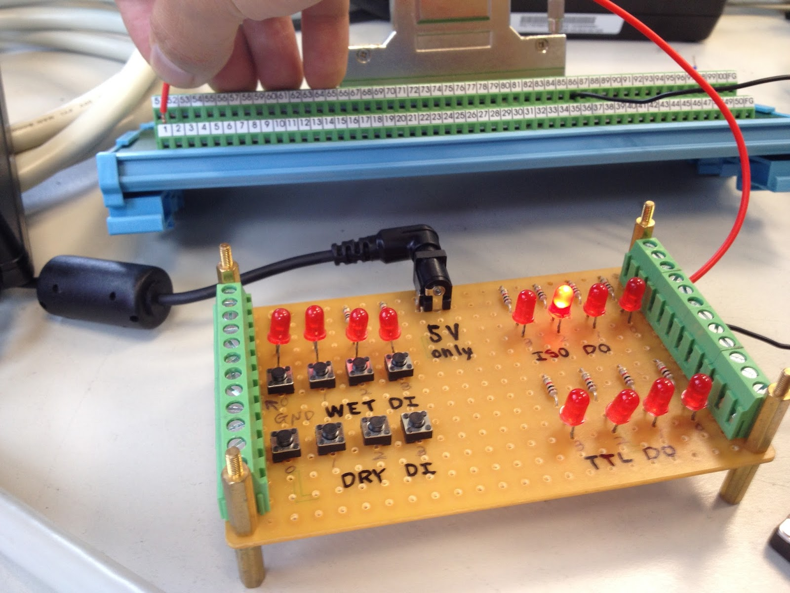 PCI-1752U IDO Function Test with DAQNavi