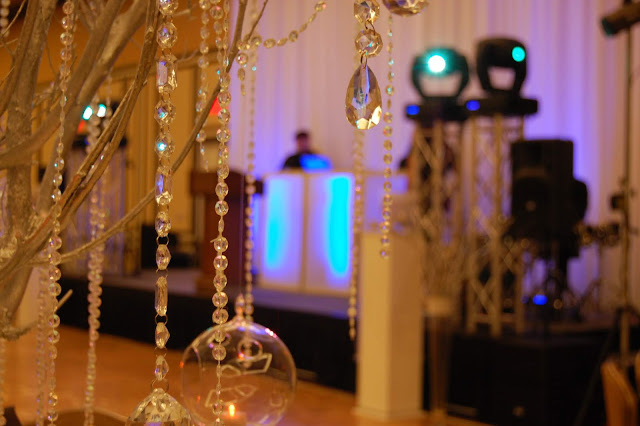crystal centerpiece, hanging crystals, fancy decor