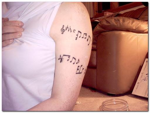 Música legal o projeto da tatuagem para mulheres