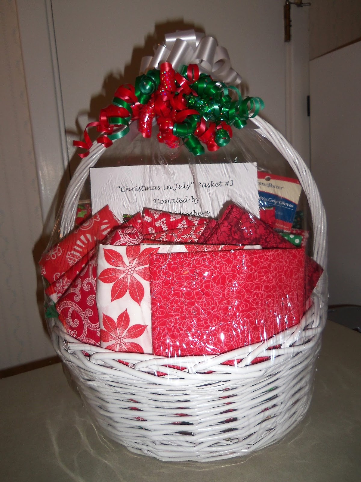 Christmas In July Gift Basket Ideas.Quilting With Area 3 Area 3 Christmas In July Raffle Baskets