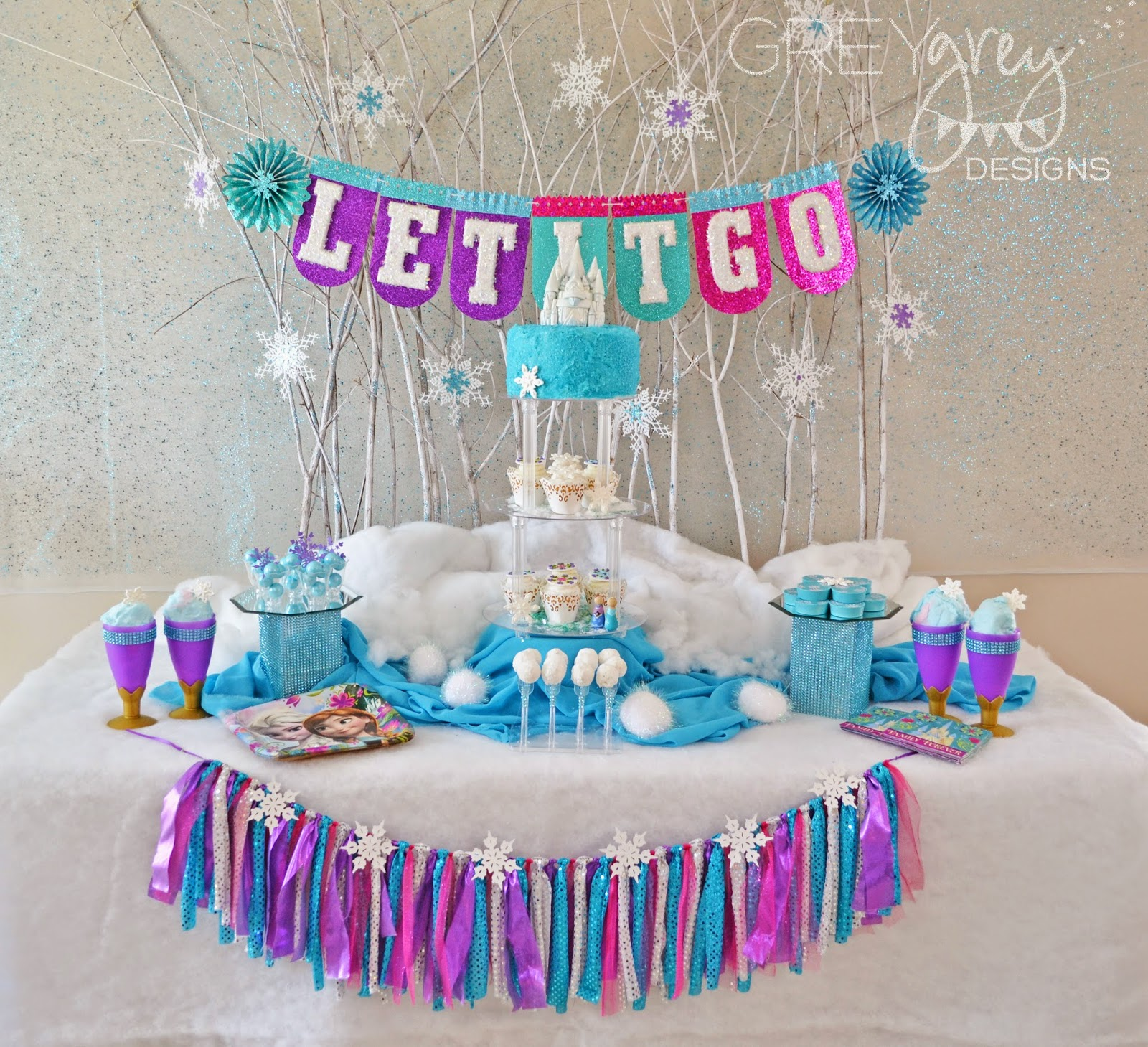Birthday Table Mountain: GreyGrey Designs: {My Parties} Frozen Party For Evite And