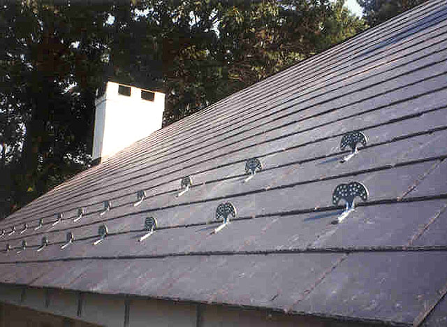 The Eavestrough Company Steel Roofs The Pro S And Cons