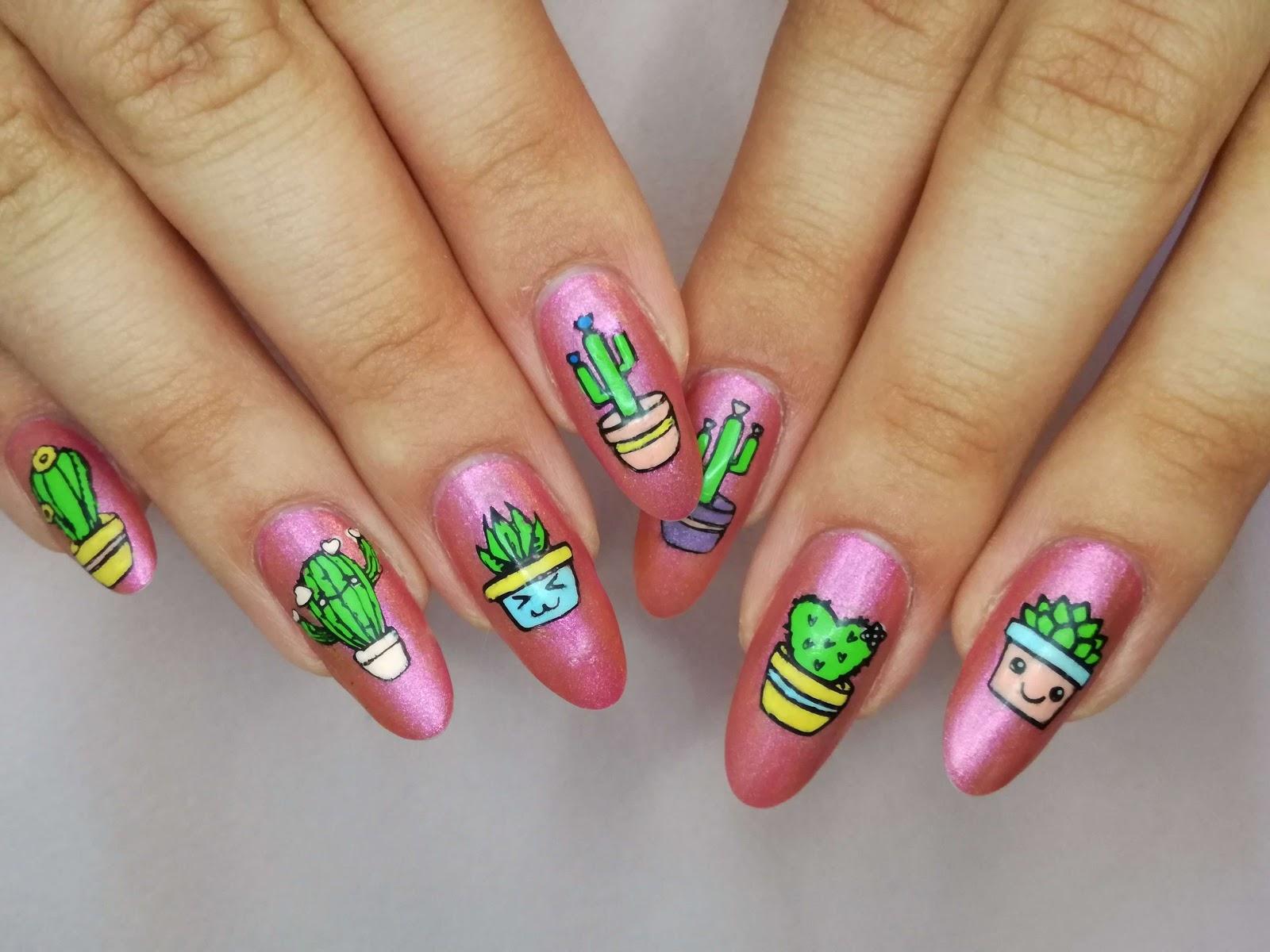 kaktusy obie dłonie
