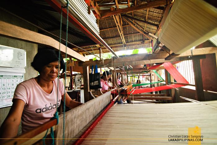 Antique Patadyong Weaver