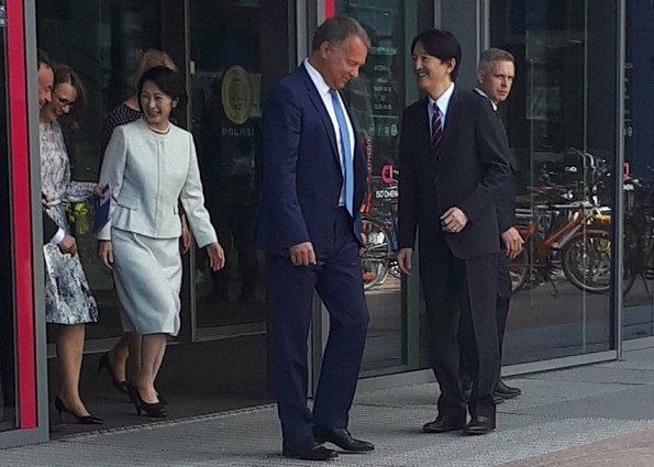 Crown Prince Akishino and Crown Princess Kiko visited the Iso Omena Maternity Clinic