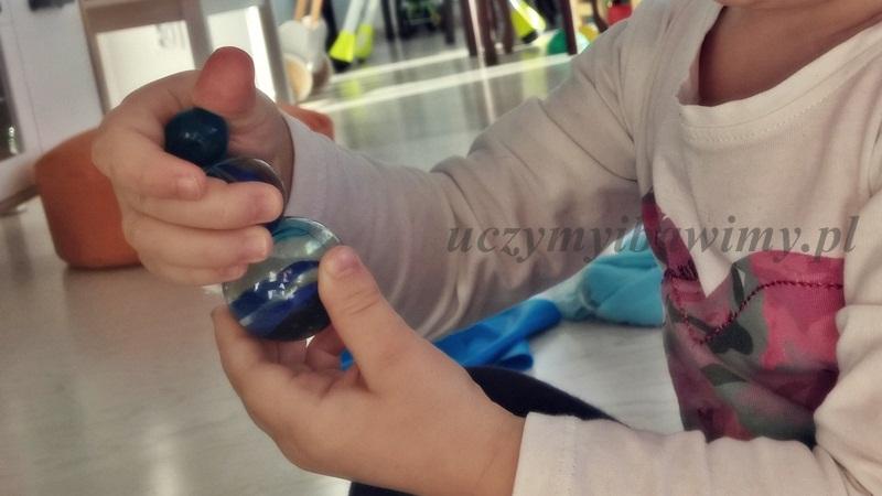 terapia ręki - zabawy