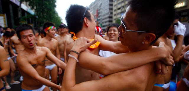 Astaghfirullah.. Komunitas Gay di Disini Sudah Ribuan Anggota