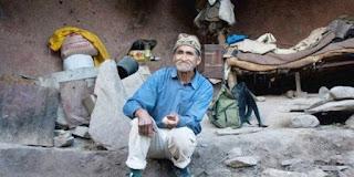 Pedro Luca, Kakek Tua Hidup Dalam Gua Selama 40 Tahun