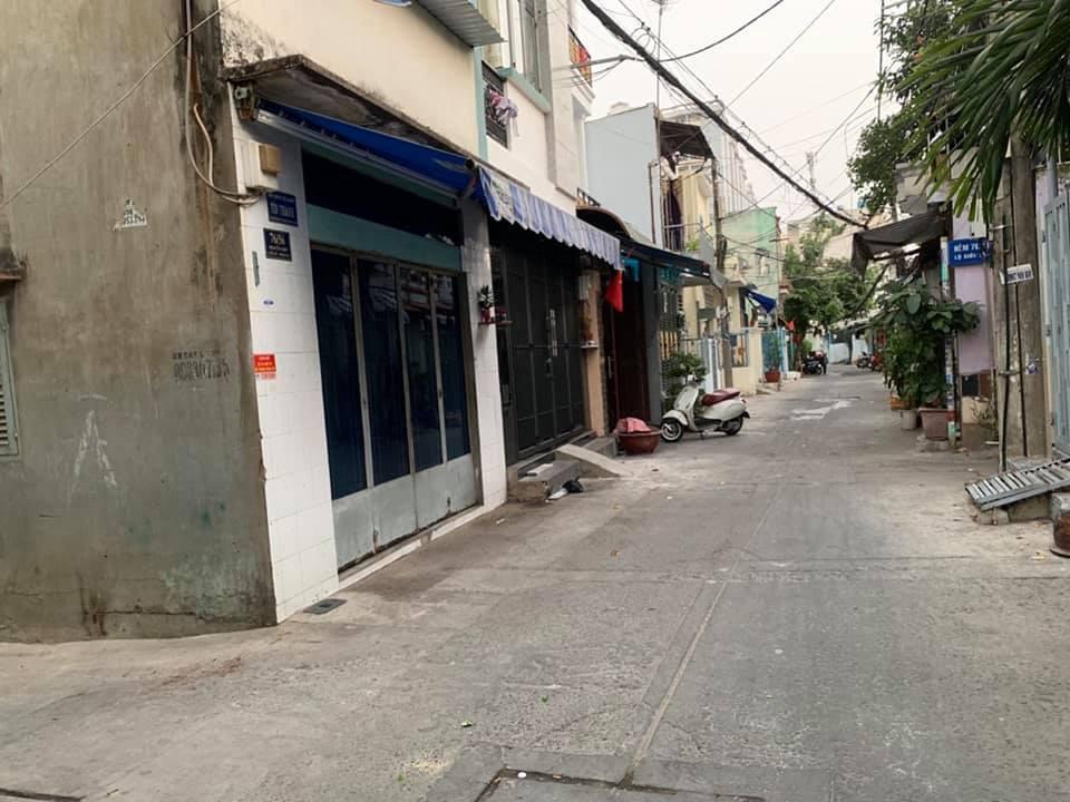 Bán nhà hẻm 76 Nguyễn Sơn quận Tân Phú giá rẻ
