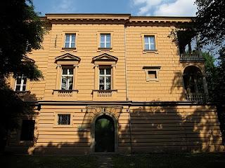 Pałac Pusłowskich - obecnie
