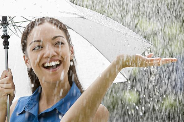 5-Makeup-Tips-for-Rainy-Weather
