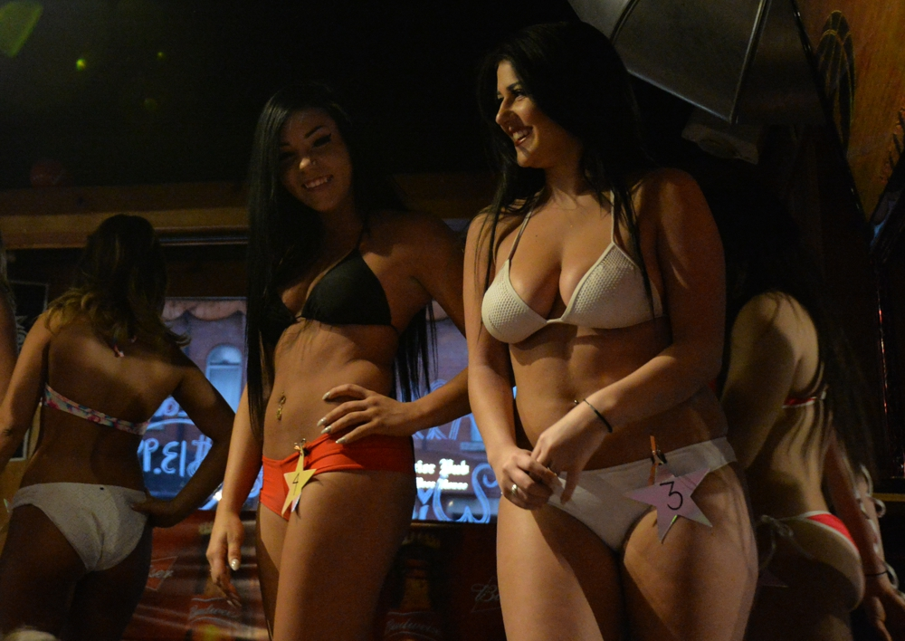 Hooters bikini contest video, free passwords for pornsites