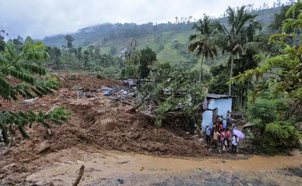 India offers help to Sri Lanka to help landslide victims