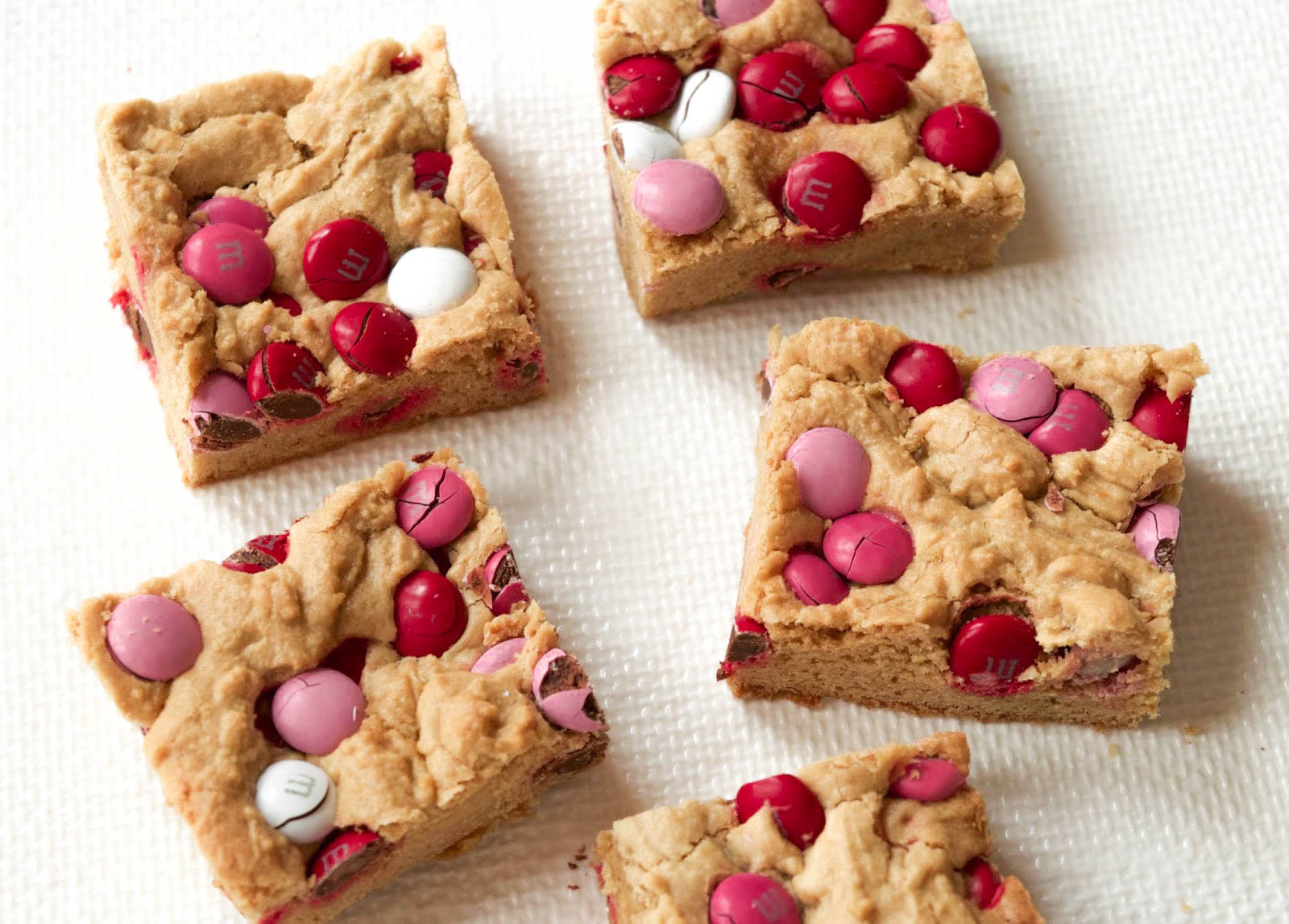 A Valentine's Day Treat: M&M Blondies