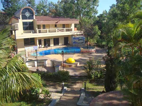 hill resort pachgani