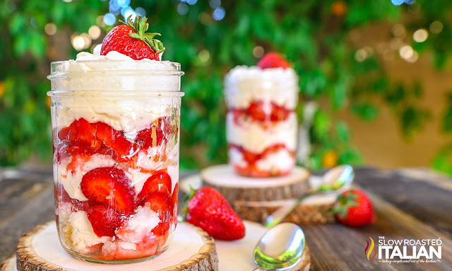 http://theslowroasteditalian-printablerecipe.blogspot.com/2016/04/strawberry-cheesecake-trifle.html