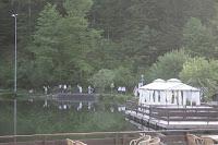 Brautentführung Maihochzeit, may wedding - Hochzeit im Seehaus am Riessersee, Hochzeitshotel Garmisch. #wedding venue #Hochzeitshotel #Garmisch #Bavaria #Bayern