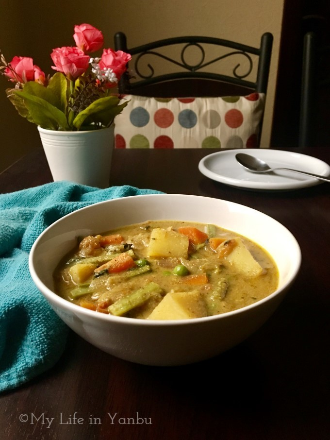 Tamil Nadu Style Mixed Vegetable Kurma